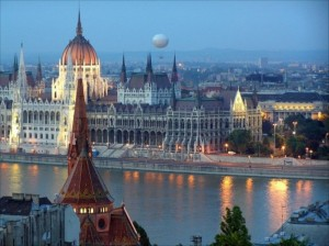 http://carscombined.com/budapest_car_hire